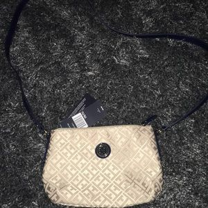 Tommy Hilfiger cross body NWT